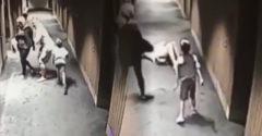 Malý chlapček sa kruto pomstil otcovi za fór