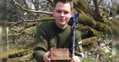 Mladý Čech objavil v opustenej dedine škatuľku z 2. svetovej vojny. Vo vnútri sa skrýval vzácny obsah