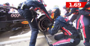 Red Bull stanovil nový rekord v pit stope. Výmenu pneumatík zvládli bravúrne