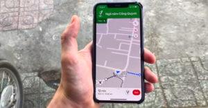 Google Maps pridali podporu pre rozšírenú realitu. V uliciach veľkých miest sa vďaka nej zorientujete ľavou zadnou